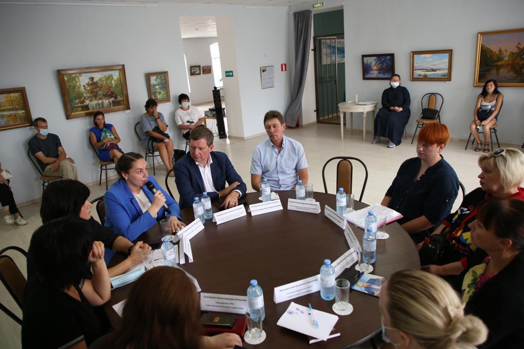 В Тверской области поддержали многодетную семью из Кимр, которая могла лишиться квартиры из-за ошибки чиновников
