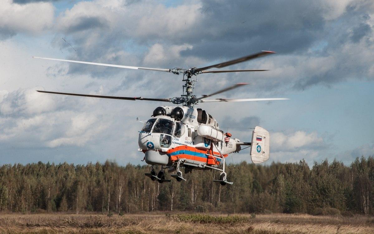 Тяжелобольного пациента доставили вертолетом из Торопца в Тверь