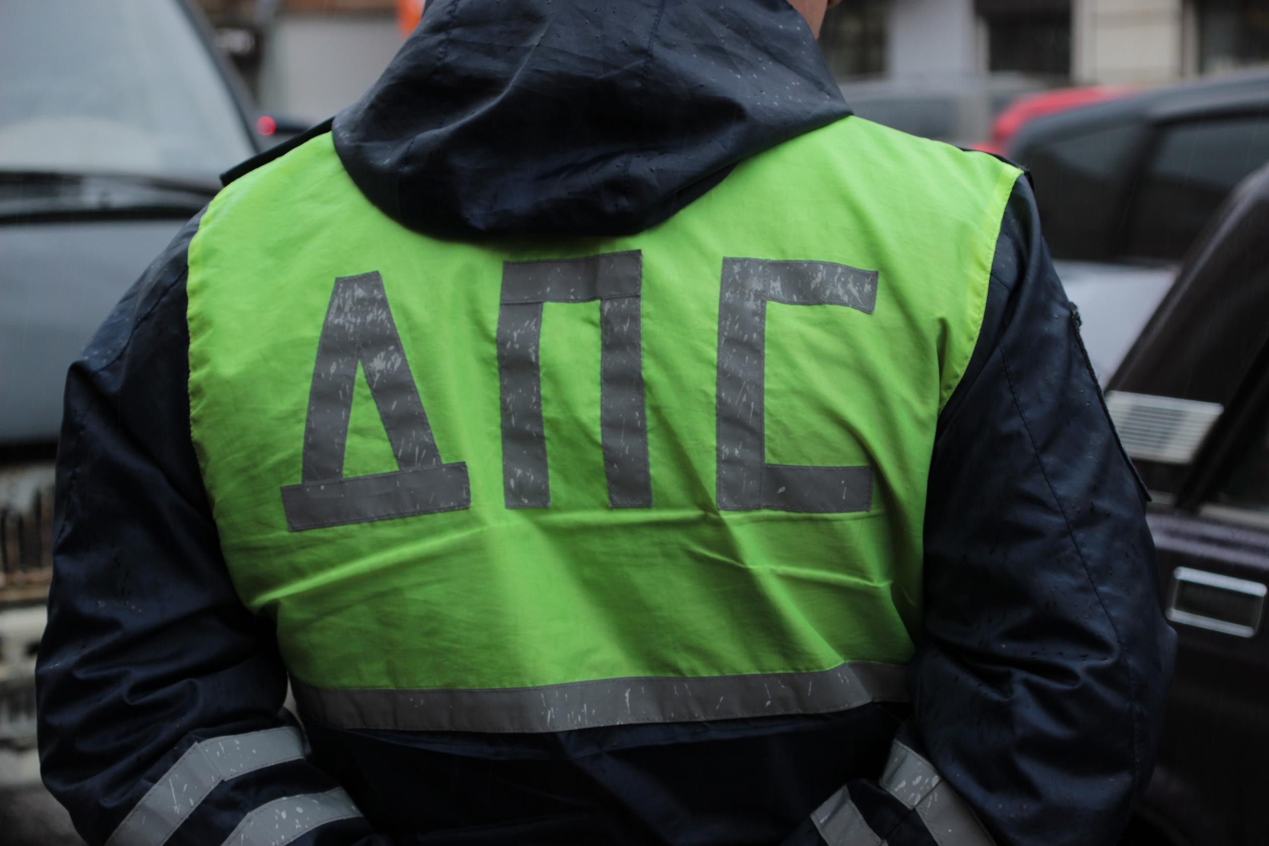 В Тверской области ребенок получил травмы, попав под колеса машины при выходе из автобуса - новости Афанасий