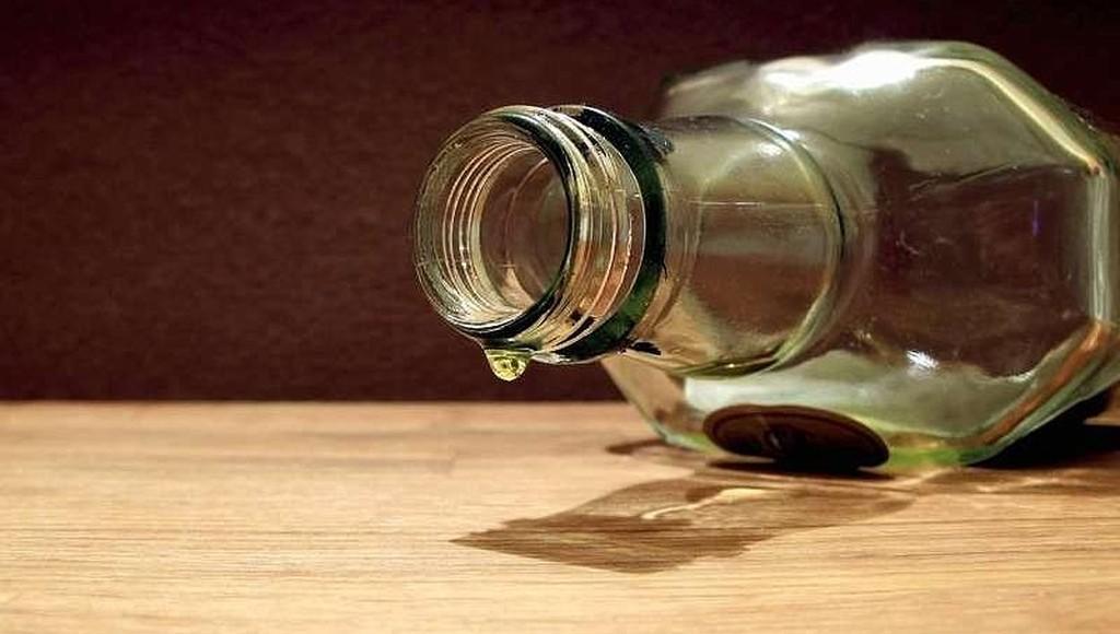 Пенсионерка из Тверской области будет пять месяцев платить штраф за продажу бутылки спиртного - новости Афанасий