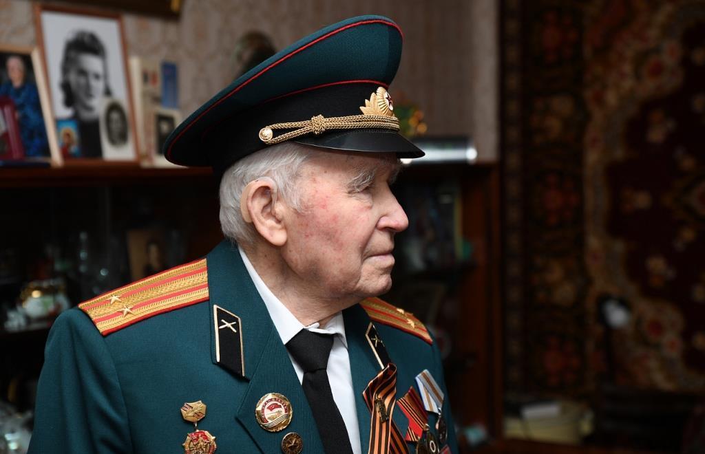 Ветеран Иван Овчинников отметил 95-летие - новости Афанасий