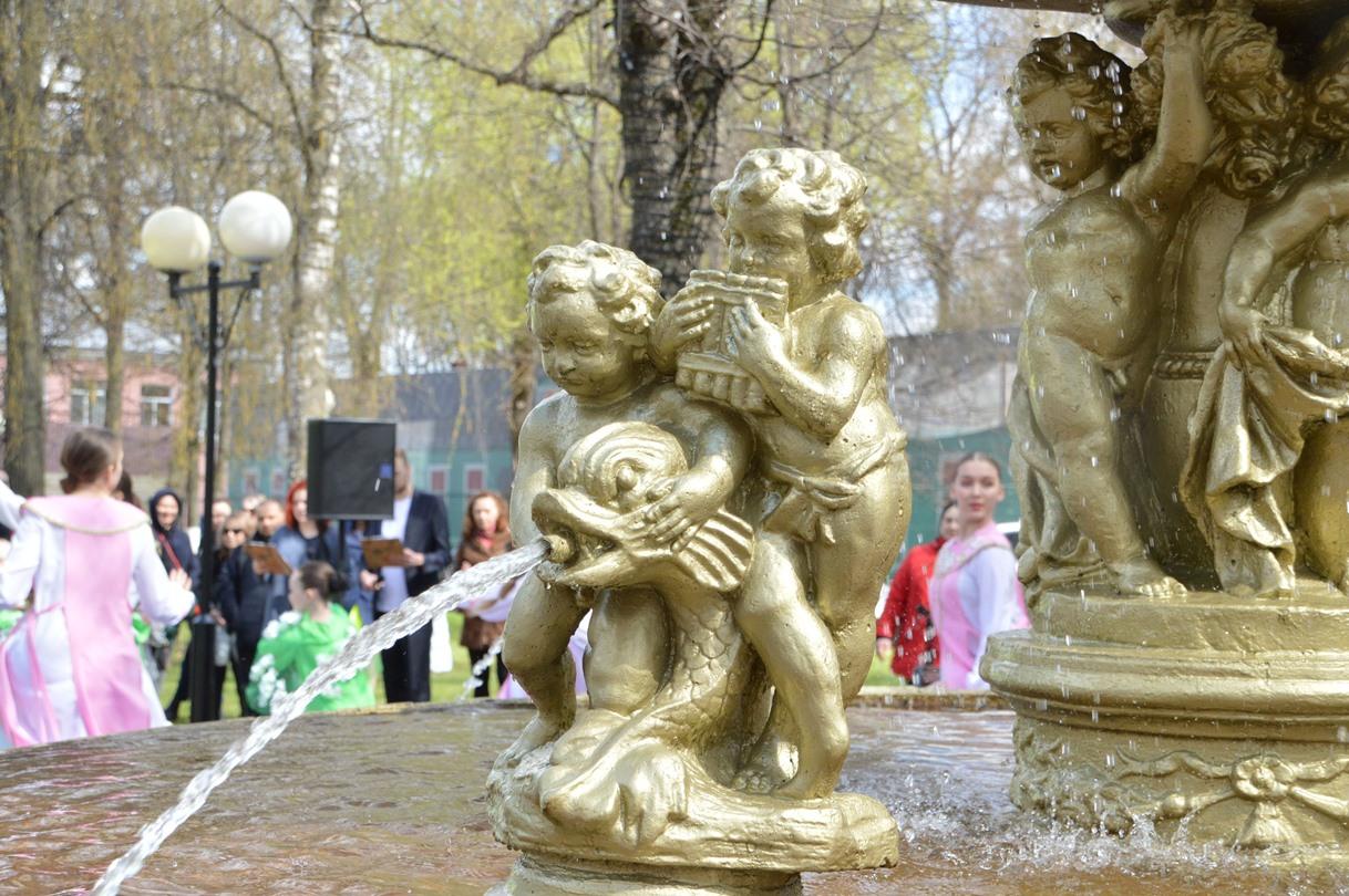 В Твери начали работу фонтаны