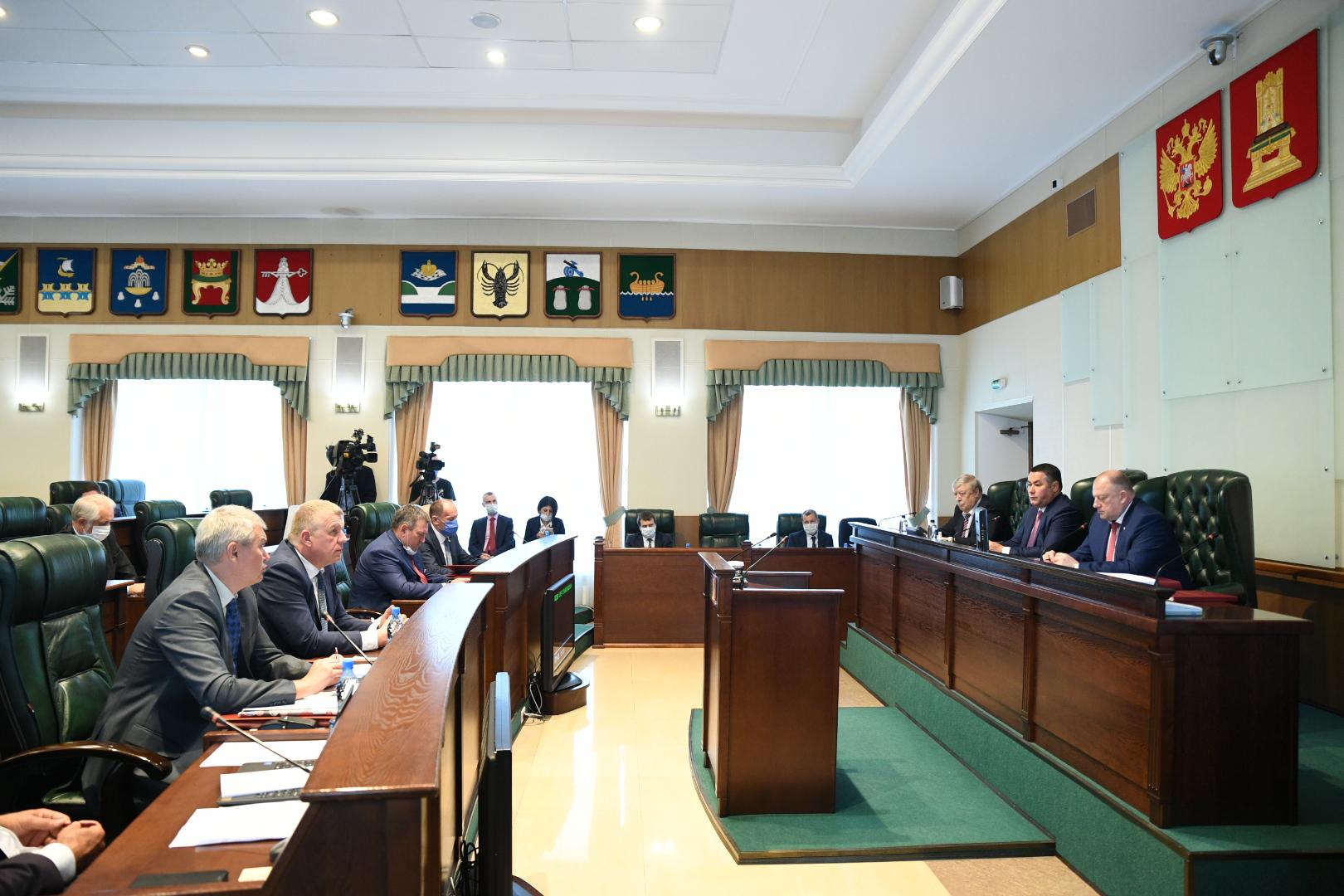 Игорь Руденя представил в Законодательном Собрании отчет об итогах работы правительства Тверской области в 2019 году