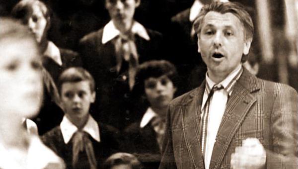 Сегодня исполняется 80 лет со дня рождения нашего земляка, великого хорового дирижера, создателя БДХ Виктора Попова