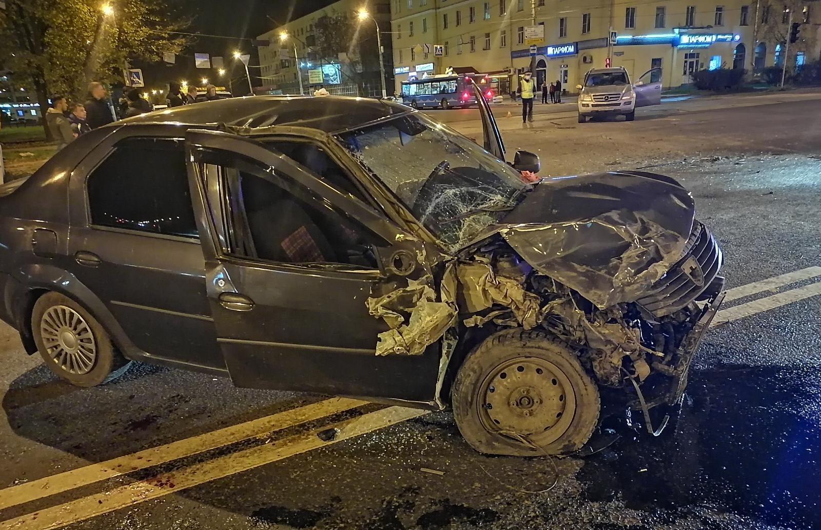 В Твери пьяный водитель устроил ДТП с пострадавшим - новости Афанасий