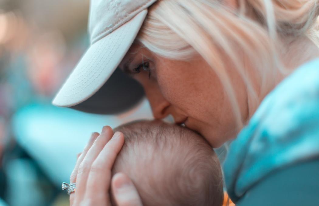 Для кого детские пособия составят 29 тысяч рублей в месяц, рассказал ФСС - новости Афанасий