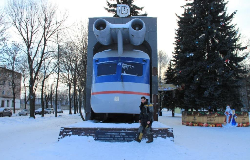 Реактивному поезду из Твери нужна поддержка на конкурсе самых неординарных памятников России - новости Афанасий