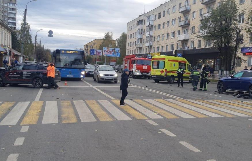 В ДТП на улице Горького в Твери травмы получили два человека - новости Афанасий