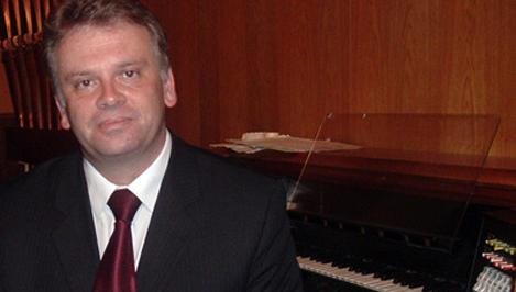Знаменитый польский органист Марек Стефаньски выступит в Твери