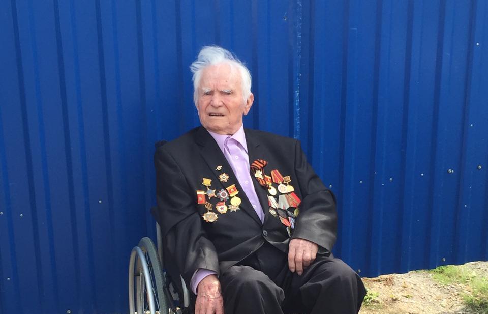 Игорь Руденя поздравил ветерана Владимира Солдатова со 100-летием - новости Афанасий