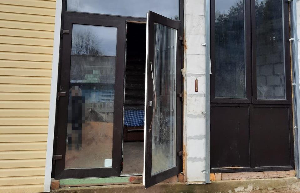 Москвич, долго не посещавший свою дачу в Тверской области, обнаружил свой дом ограбленным - новости Афанасий