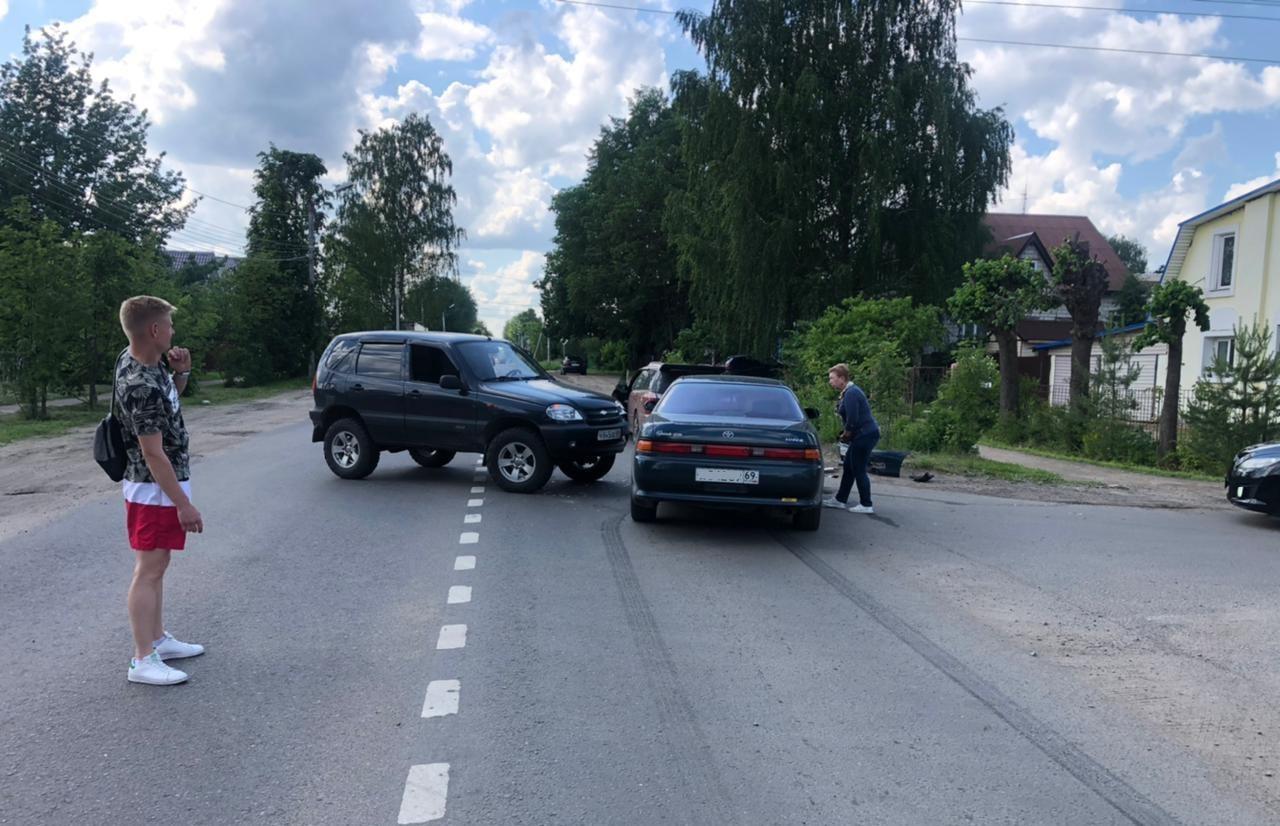 В тверском микрорайоне Соминка произошло ДТП с пострадавшим - новости Афанасий