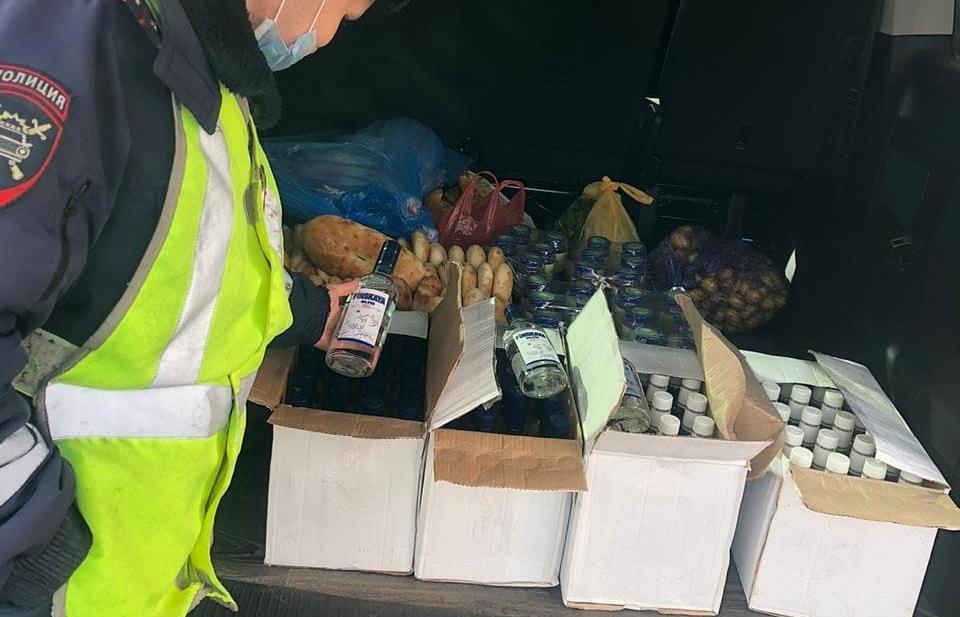 Перевозившего 80 бутылок водки без акцизов водителя задержали в Твери - новости Афанасий