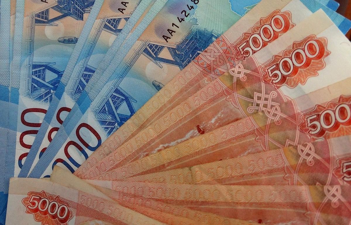 В Тверской области автовладелец отсудил 200 тысяч рублей за упавшее на машину дерево - новости Афанасий