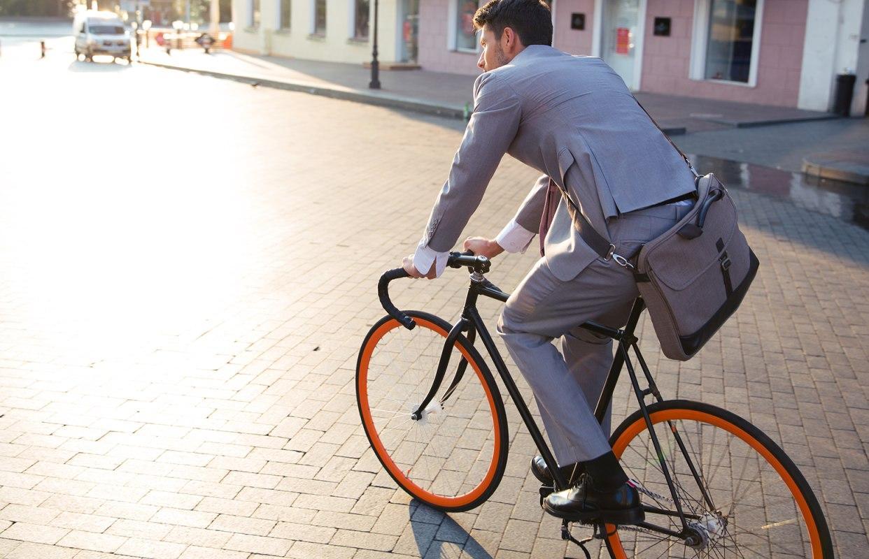 Жителей Тверской области зовут поехать на работу на велосипеде  - новости Афанасий
