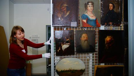 Посетить уникальные фонды Тверской картинной галереи все желающие смогут до конца года / фото