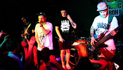Группа «Anacondaz» выступила в Твери с концертом / фоторепортаж