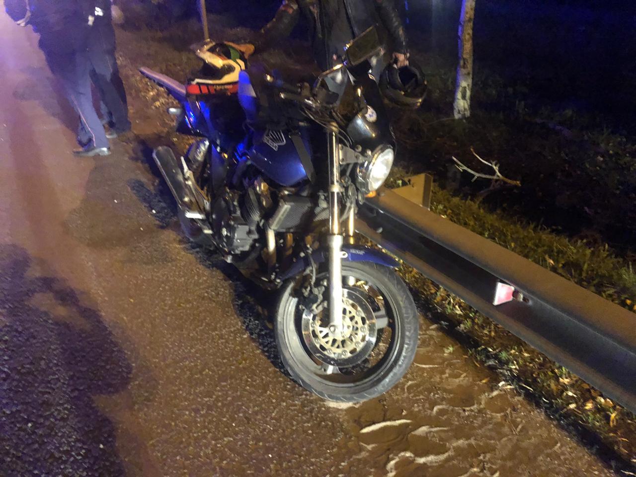 Девушка и подросток столкнулись на мотоциклах на М10 в Тверской области - новости Афанасий