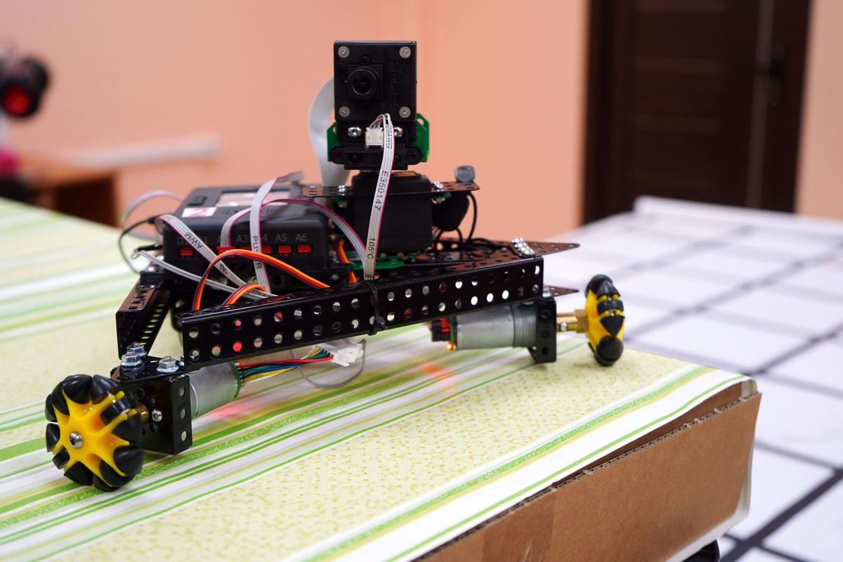 Тверские школьники создают роботов