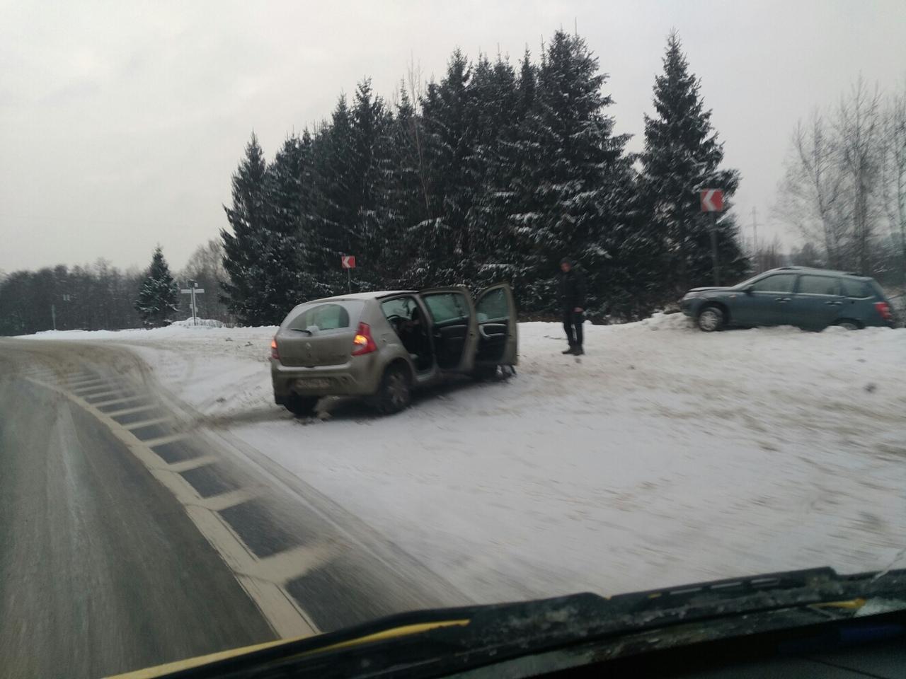 Шесть человек пострадали в ДТП в Тверской области